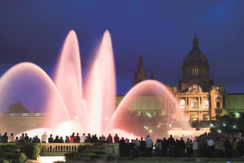 barcelona-guide-bureau-daily-sightseeing-the-magic-fountain-night-tour-1-1-e1472537231638