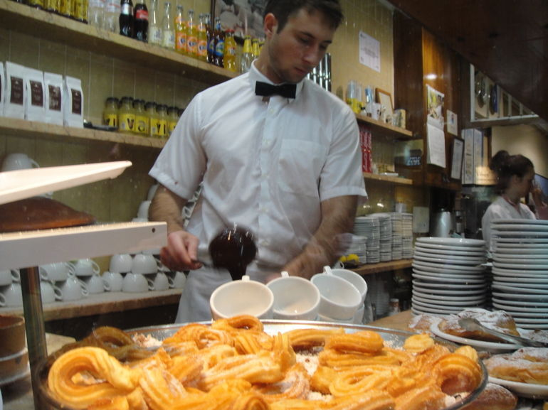 barcelona-chocolate-and-sweets-walking-tour-01